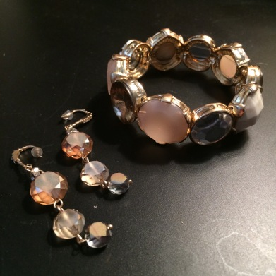 Neutral-Jewelry