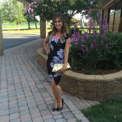 BarIII_Wedding_Dress_Gold_Clutch