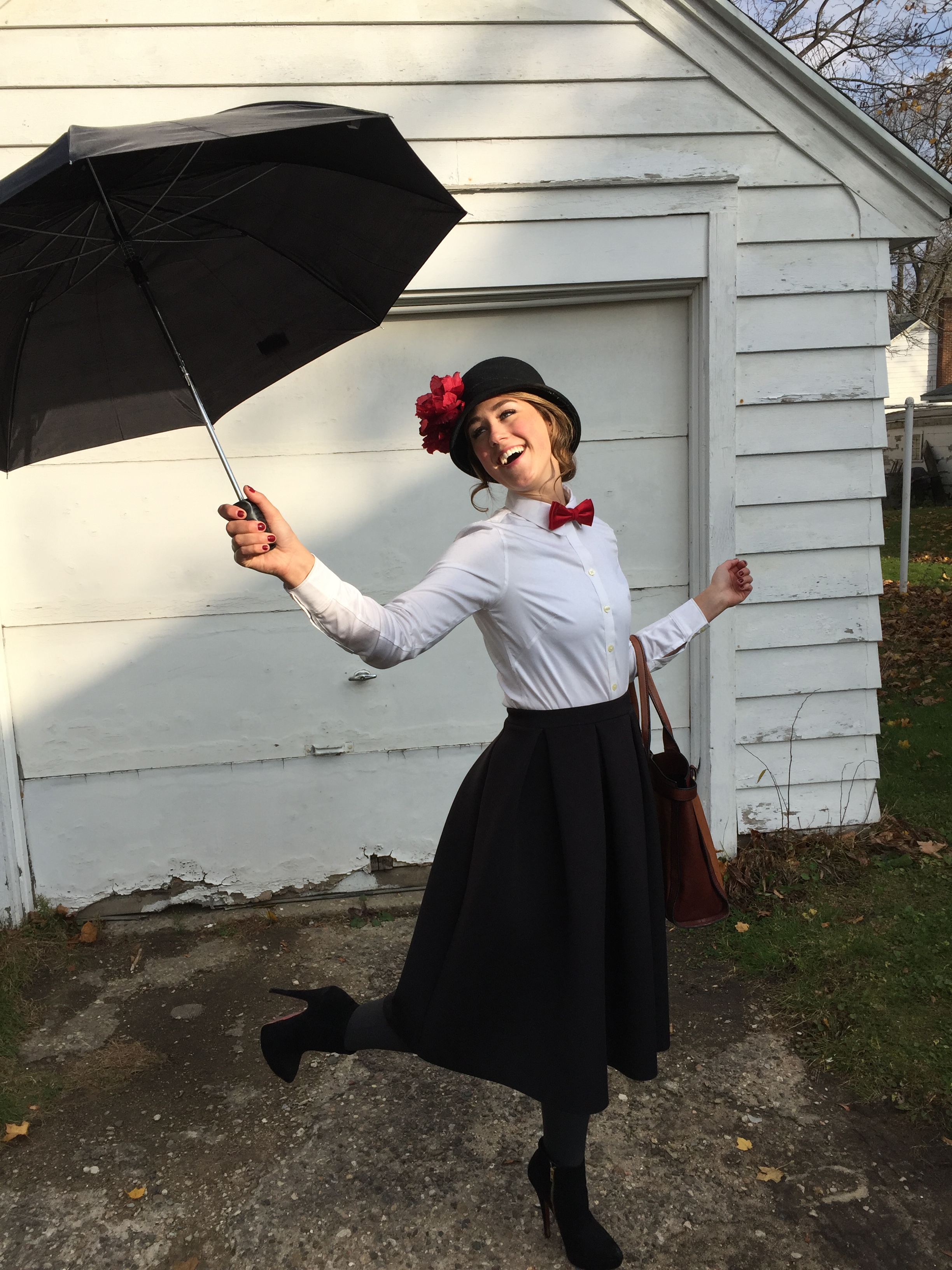 even mary poppins gets in the halloween spirit outfit a day. Black Bedroom Furniture Sets. Home Design Ideas